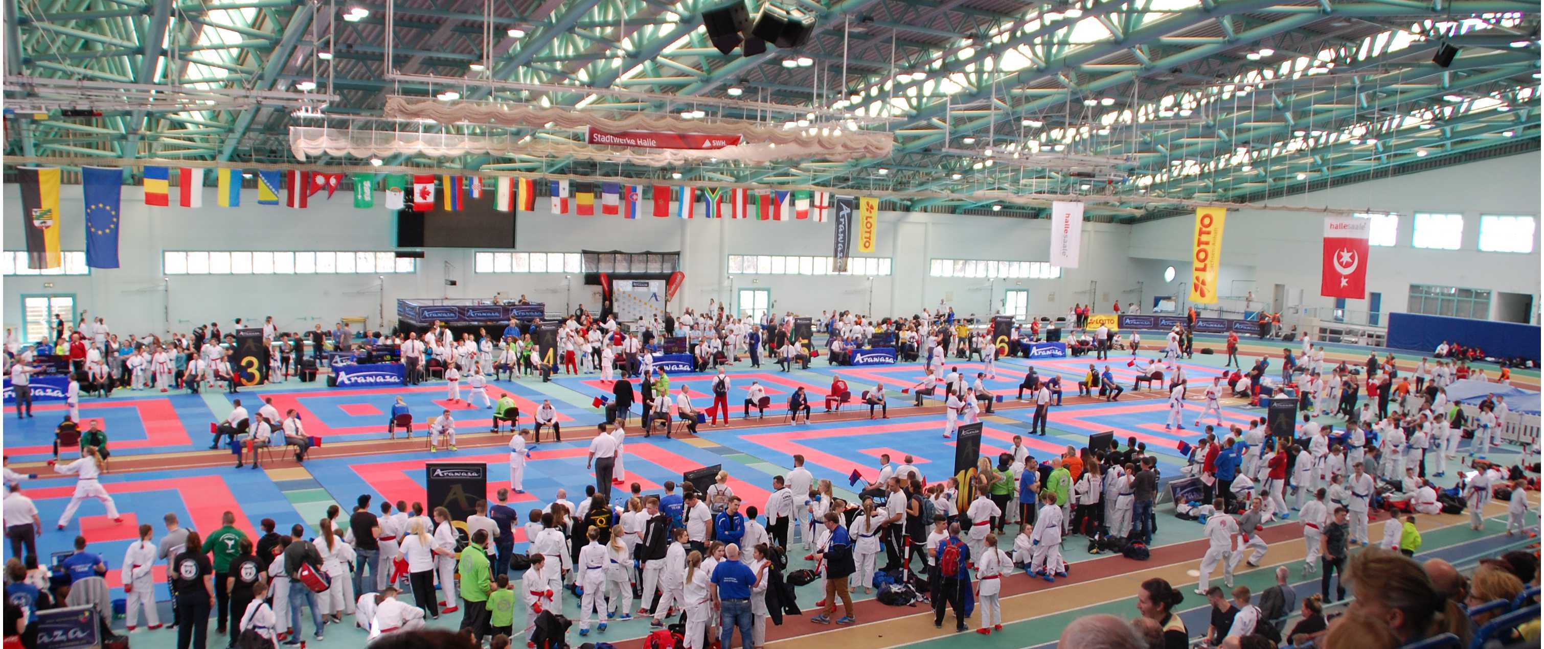 01_Sporthalle